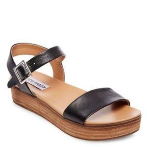 STEVE MADDEN - Aida Platform Sandal/Blk Leather/7M